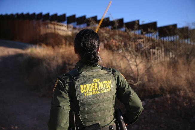 Border Patrol Agents arrest sex offender, seize narcotics over the weekend.