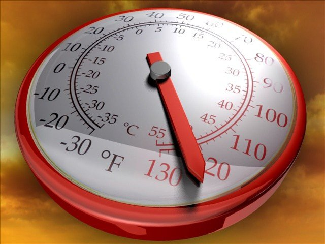 Heat breaks records across Coachella Valley.